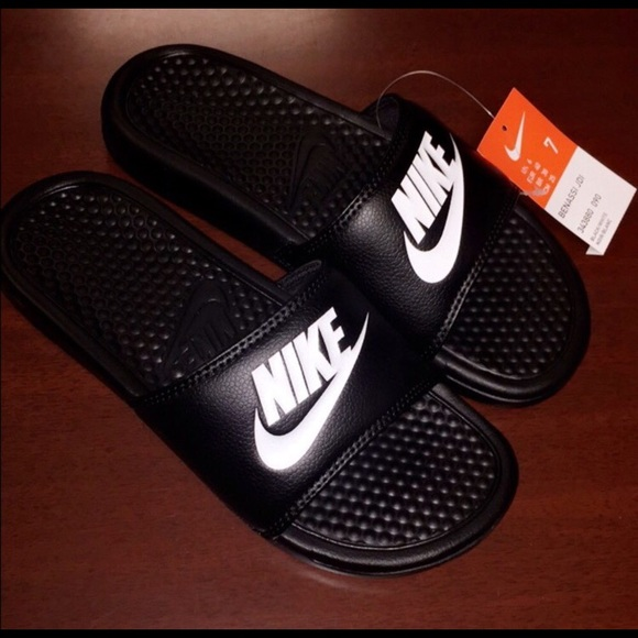 mens nike flip flops size 15
